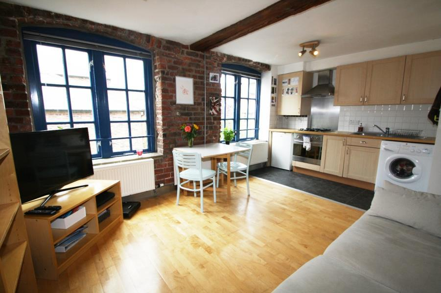 1 Bedroom Apartment Flat for sale in SIMPSONS FOLD WEST, 22 DOCK STREET, LS10 1JF