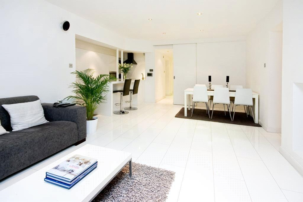 3 Bedrooms Apartment Flat for sale in Sussex Gardens, Lancaster Gate, London, W2