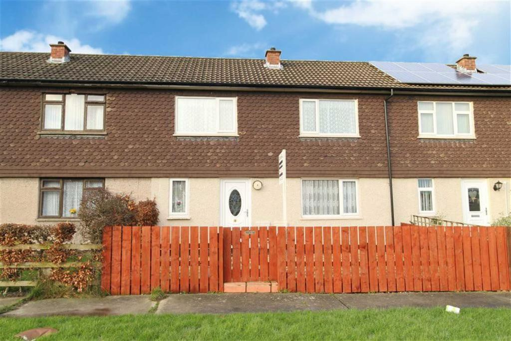 3 Bedrooms Terraced House for sale in Cherry Tree Way, Catterick Garrison, North Yorkshire