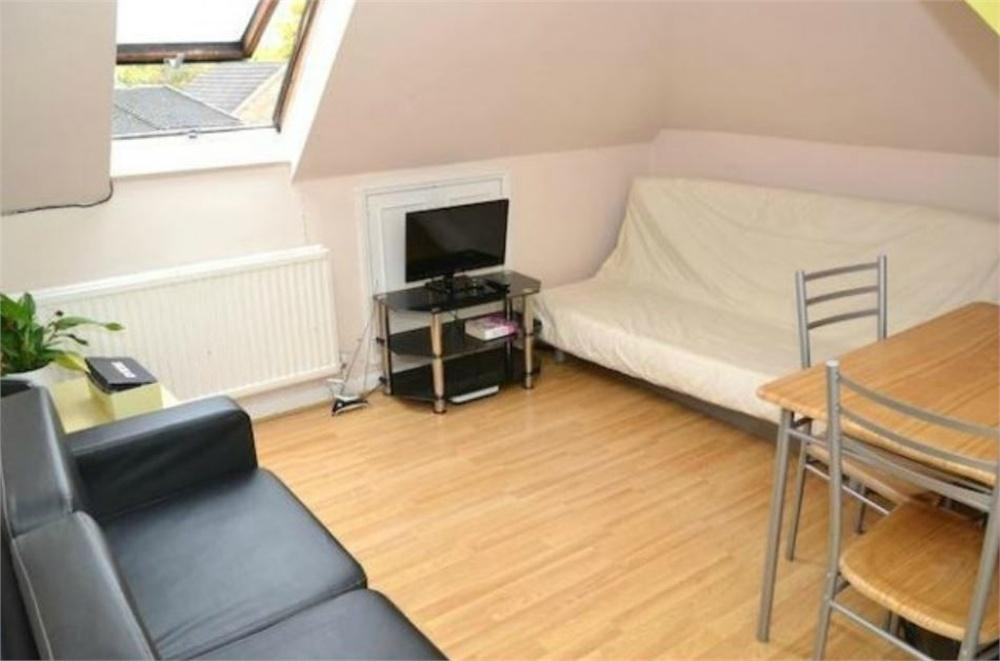 1 Bedroom Flat for sale in Montpelier Rise, Wembley
