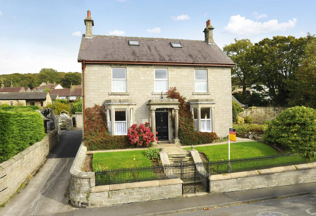 4 Bedrooms Detached House for sale in The Laurels. Summerbridge