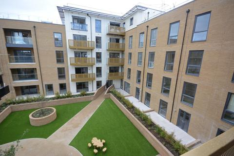 2 bedroom apartment to rent - Watson Heights, Chelmsford, Essex, CM1