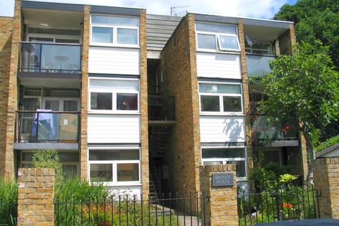 2 bedroom apartment to rent - Bryher House, Walpole Gardens, Chiswick, London W4