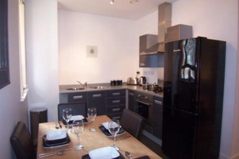 2 bedroom apartment to rent - Citygate 3, 5 Blantyre Street