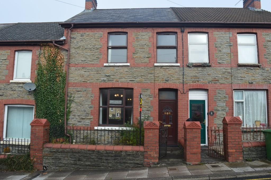 3 Bedrooms Terraced House for sale in Fairview, Blackwood