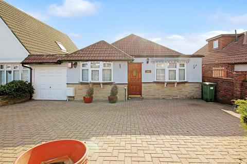 2 bedroom detached bungalow to rent - Cold Blow Crescent, Bexley