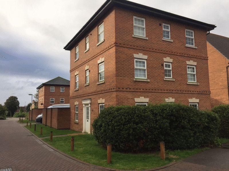 5 Bedrooms Detached House for sale in Saffre Close, Winterton, Scunthorpe