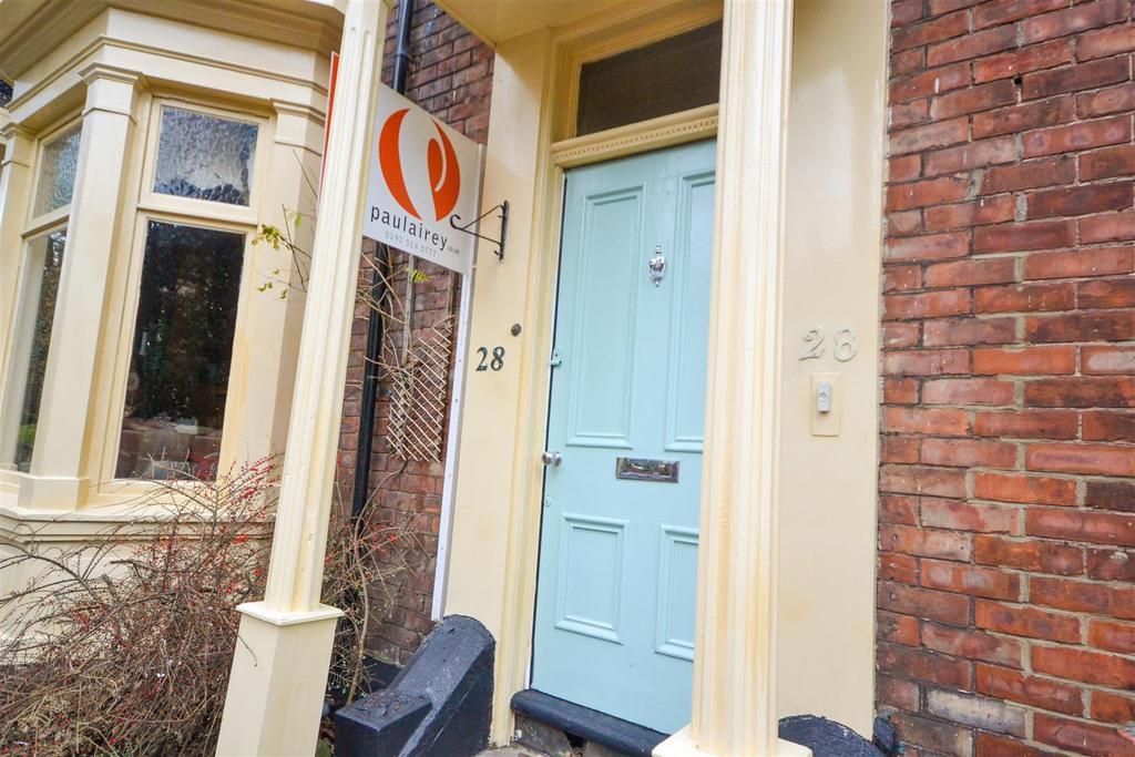 5 Bedrooms Town House for sale in Belle Vue Park, Ashbrooke, Sunderland