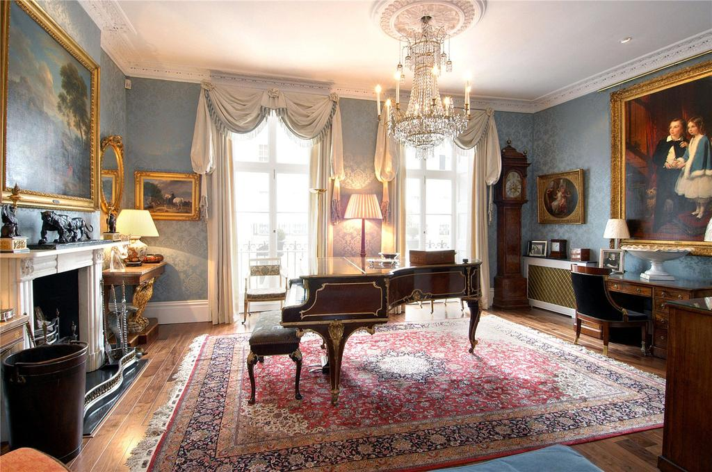 5 Bedrooms House for sale in Wilton Crescent, Belgravia, London
