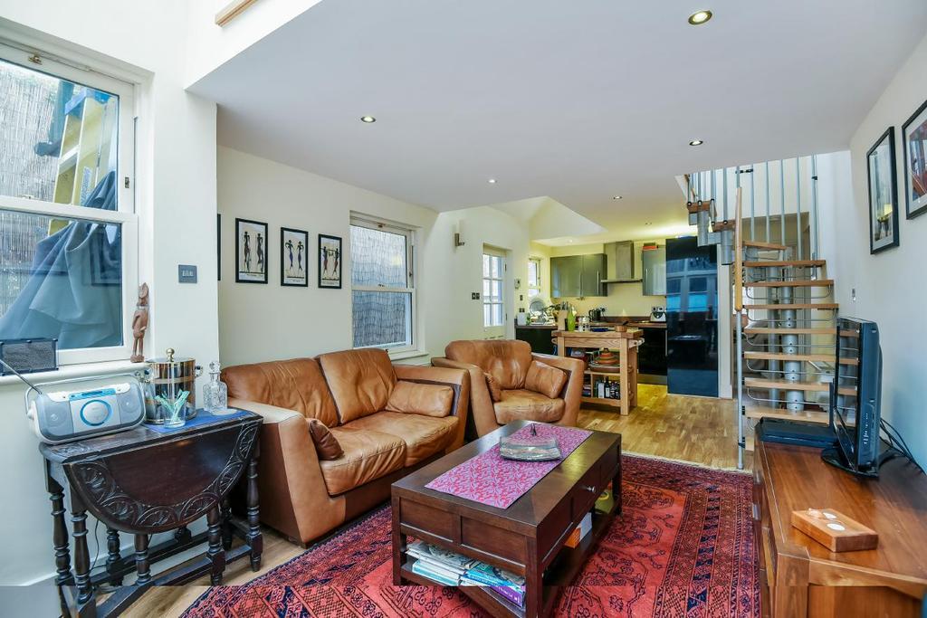 3 Bedrooms Detached House for sale in Ewelme Road, Forest Hill, SE23
