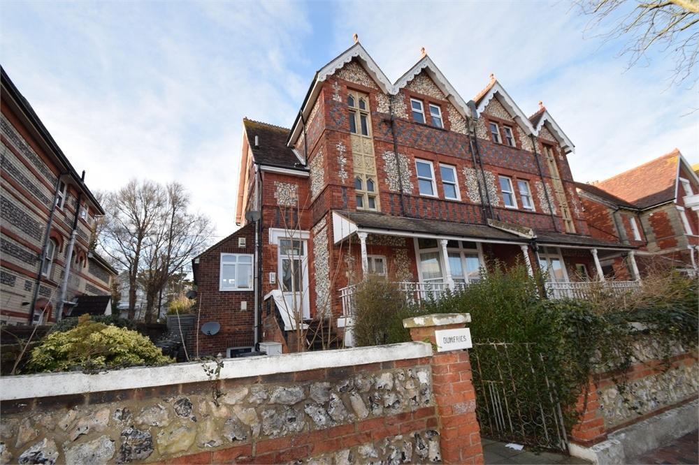 2 Bedrooms Flat for sale in Enys Road, Upperton, East Sussex