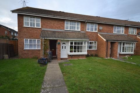 2 bedroom apartment to rent - Woodley