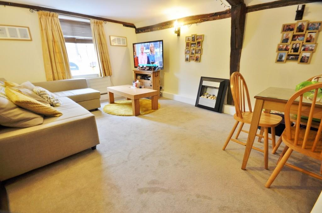 2 Bedrooms Apartment Flat for sale in Rayne Road, Rayne, Braintree