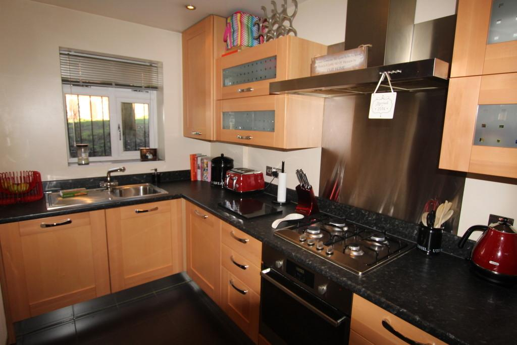 2 Bedrooms Apartment Flat for sale in Millbrook House, South Parade, Sutton Coldfield, B72 1QY