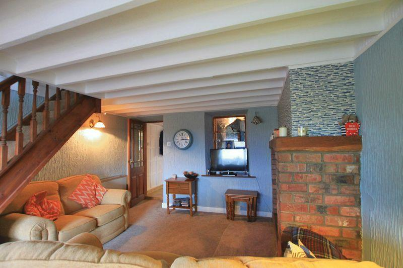 4 Bedrooms Cottage House for sale in Llanddaniel, Anglesey
