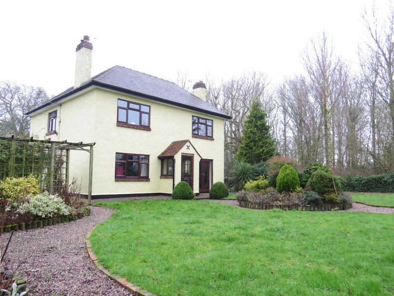 4 Bedrooms Detached House for sale in Longden, Shrewsbury, Shropshire SY5 8AA