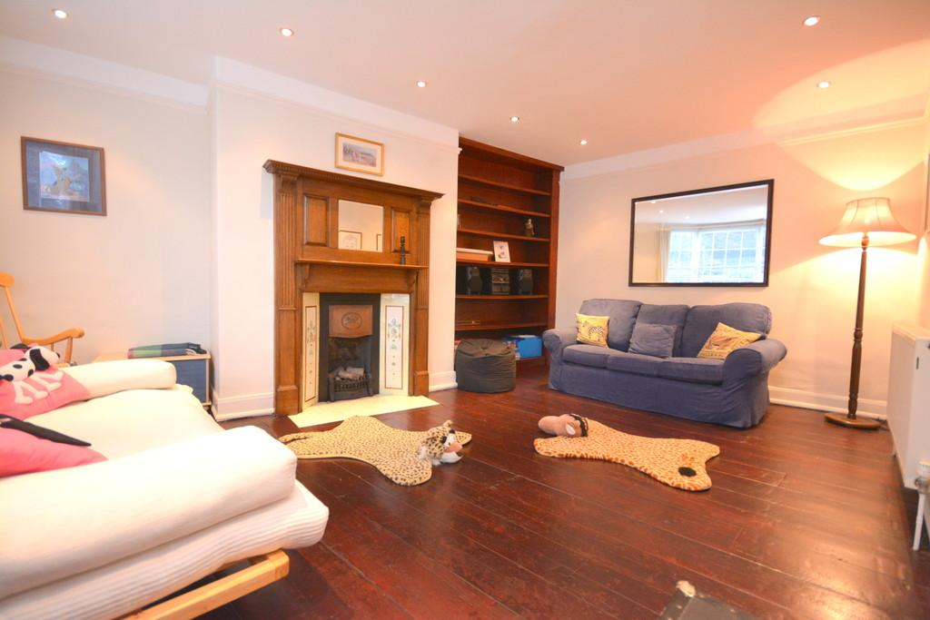 4 Bedrooms Town House for sale in Union Road, Cowes