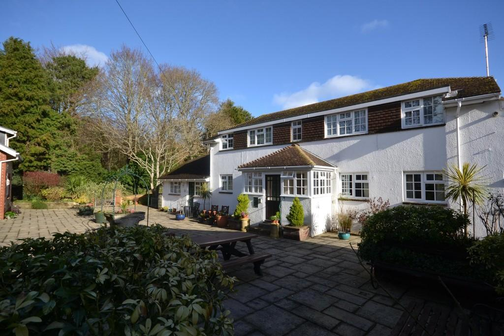 2 Bedrooms Ground Flat for sale in Morton Old Road, Brading