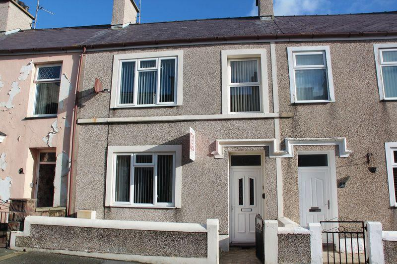 3 Bedrooms Terraced House for sale in Devonald Street, Holyhead