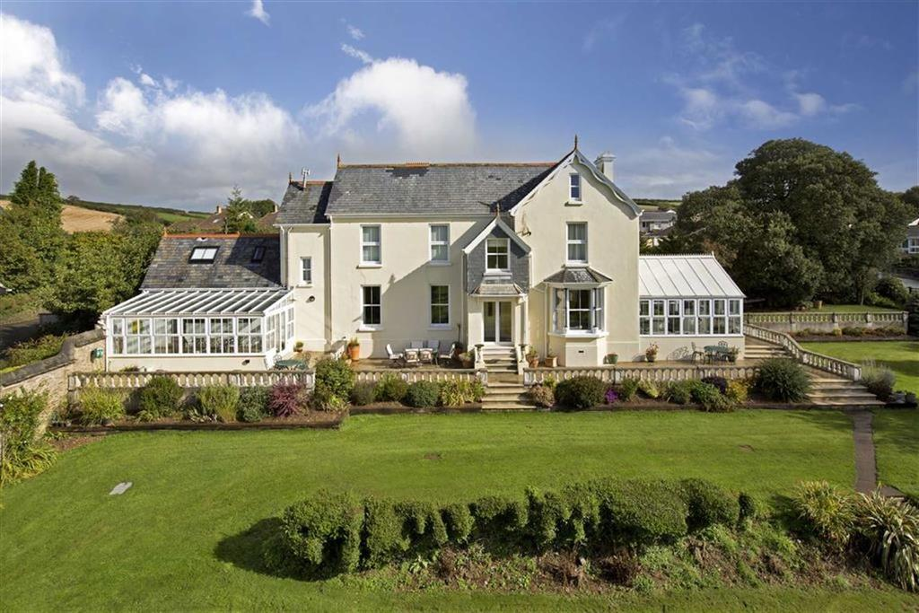 5 Bedrooms Detached House for sale in Chillington, Chillington, Kingsbridge, Devon, TQ7