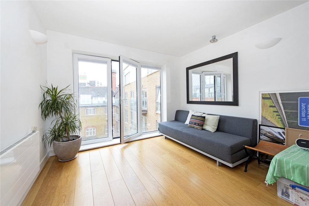 1 Bedroom Flat for sale in Drapers Court, 59 Lurline Gardens, London