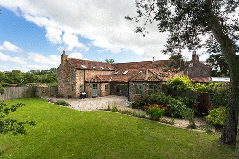 5 Bedrooms House for sale in Jasmine Cottage, Cross Lanes, Tollerton, York, YO61