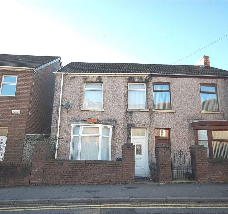 2 Bedrooms Semi Detached House for sale in 119 Pant Yr Heol, Neath, SA11 2HB