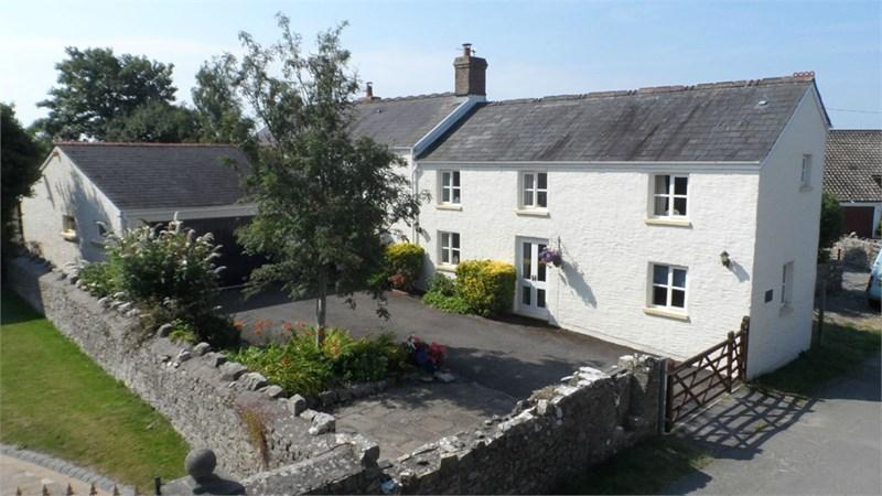 4 Bedrooms Detached House for sale in Court House, Llanbethery, Vale of Glamorgan, CF62 3AN