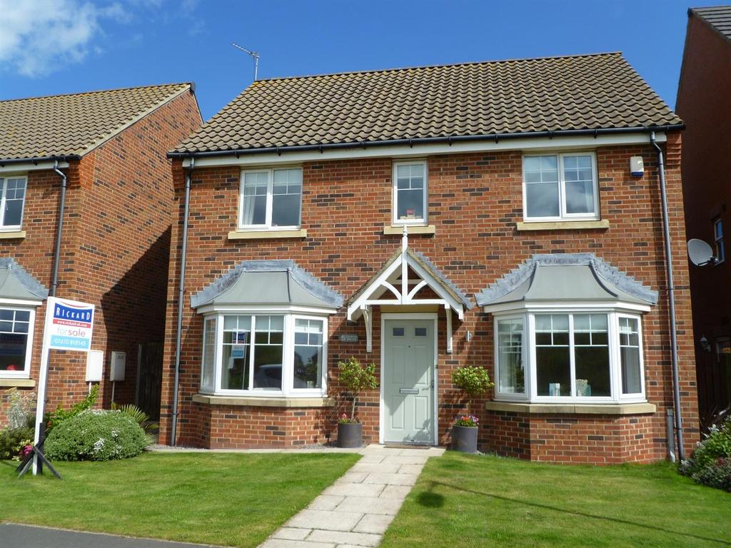 4 Bedrooms Detached House for sale in Garcia Drive, Ashington