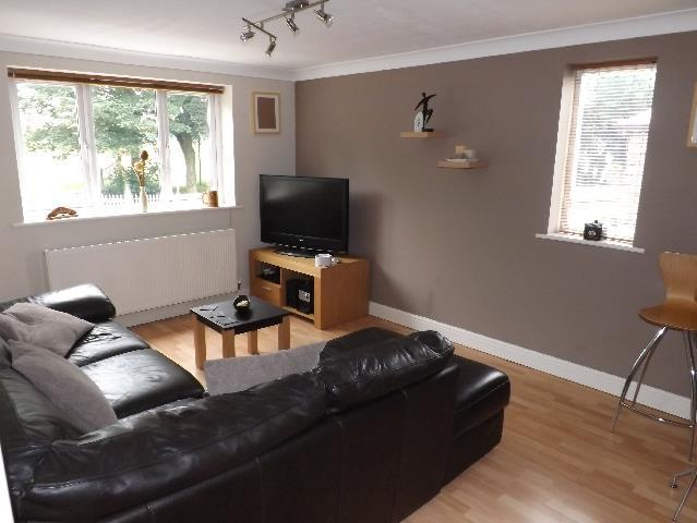 1 Bedroom Flat for sale in King Edward Road Dentons Green, St. Helens
