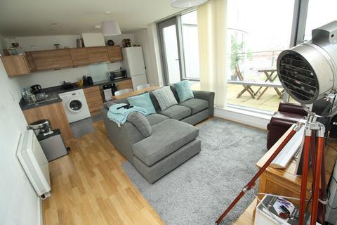 1 bedroom flat to rent - Admiralty Quarter, Queen Street