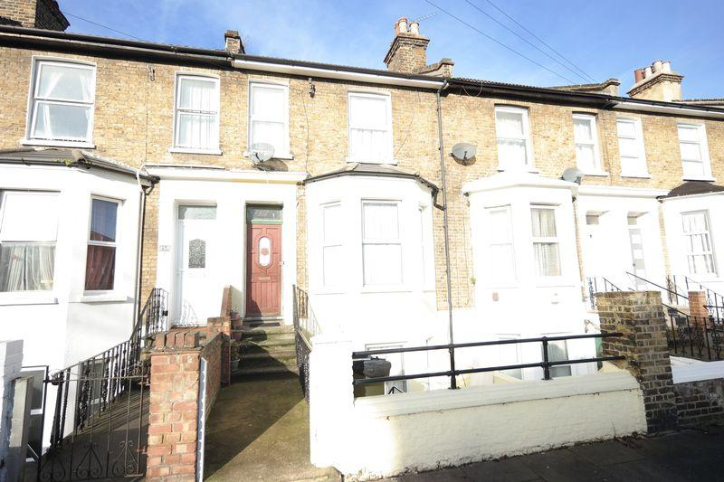 4 Bedrooms Terraced House for sale in Eglinton Road, Plumstead