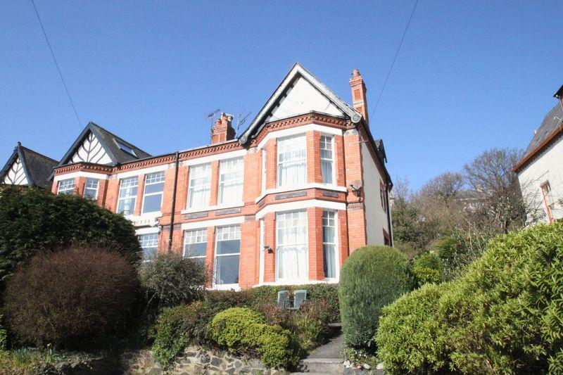 5 Bedrooms Semi Detached House for sale in Bangor, Gwynedd