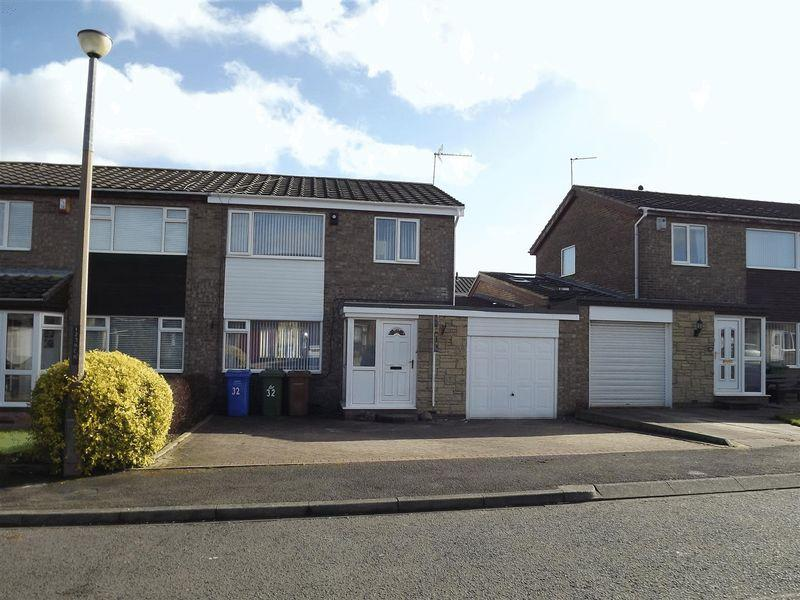 3 Bedrooms Semi Detached House for sale in Kirton Way, Cramlington - Refurbished Throughout