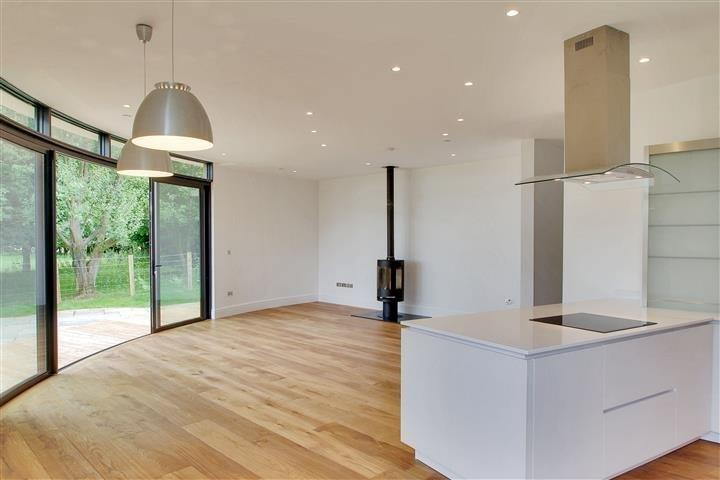 4 Bedrooms Detached House for sale in Stede Hill, Harrietsham, ME17