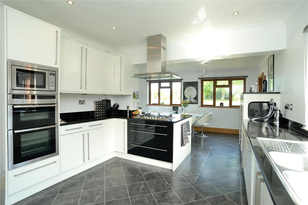 4 Bedrooms Detached House for sale in Bradford Road,, Sherborne, Dorset