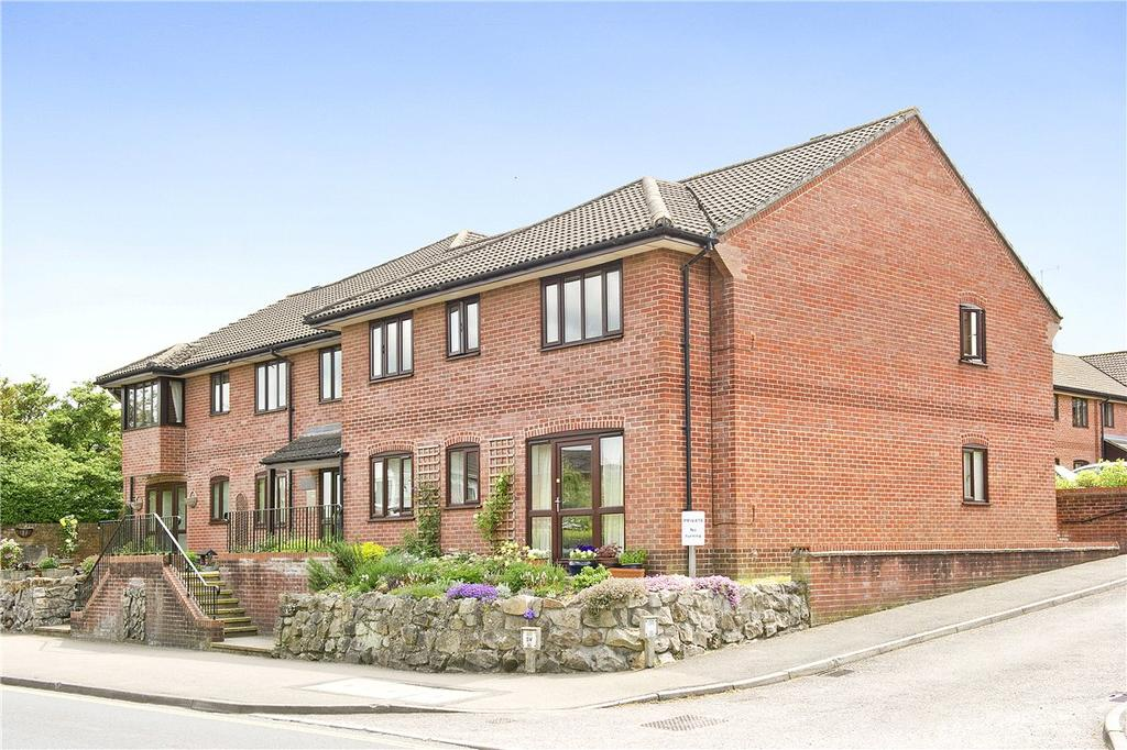 2 Bedrooms Apartment Flat for sale in Purcells Court, George Lane, Marlborough, Wiltshire, SN8