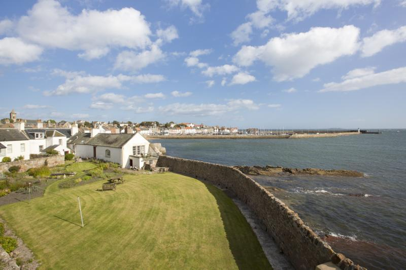 6 Bedrooms House for sale in The White House, Shore, Anstruther, Fife