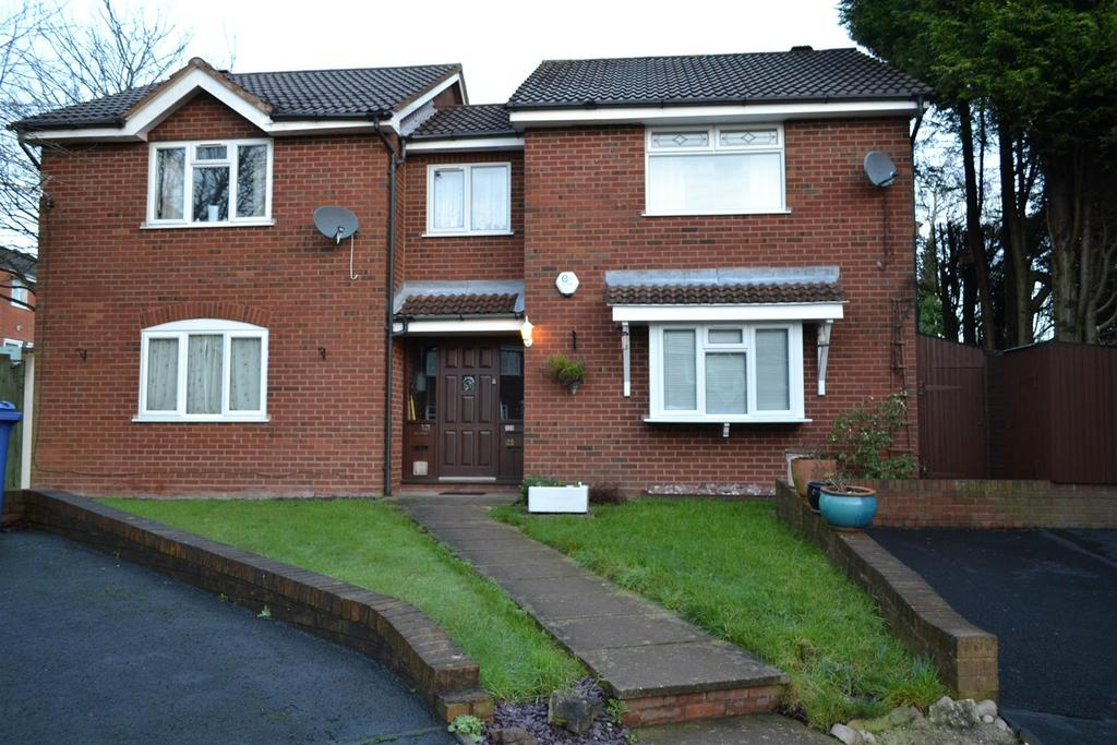 1 Bedroom Flat for sale in Bond Way, Hednesford, Cannock