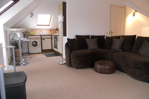 Studio to rent - West Grove Court, Cardiff
