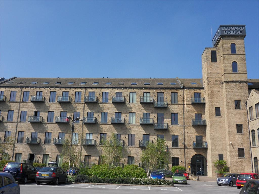 1 Bedroom Apartment Flat for sale in Ledgard Wharf, Mirfield, West Yorkshire, WF14