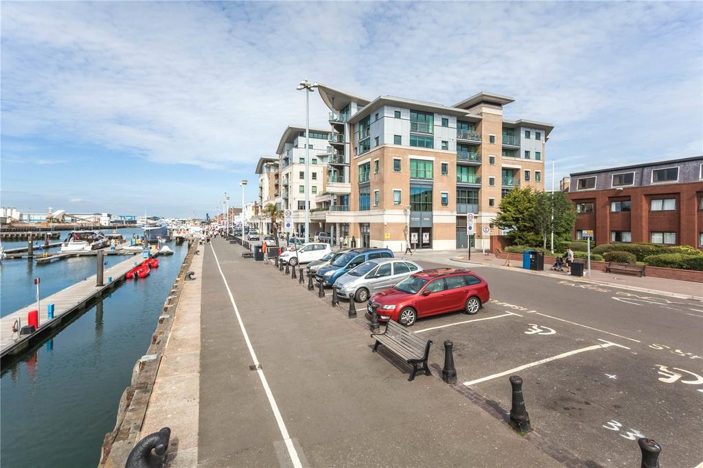 3 Bedrooms Penthouse Flat for sale in Dolphin Quays, The Quay, Poole, Dorset, BH15