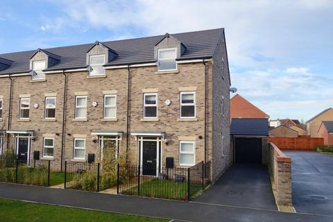 3 bedroom townhouse to rent - White Mill Drive, Pocklington