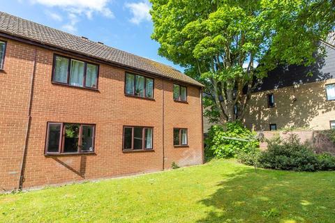1 bedroom ground floor flat for sale - Marfield Court, Arbury Road