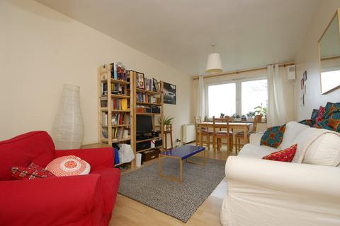 2 bedroom flat to rent - Honor Oak Park SE23
