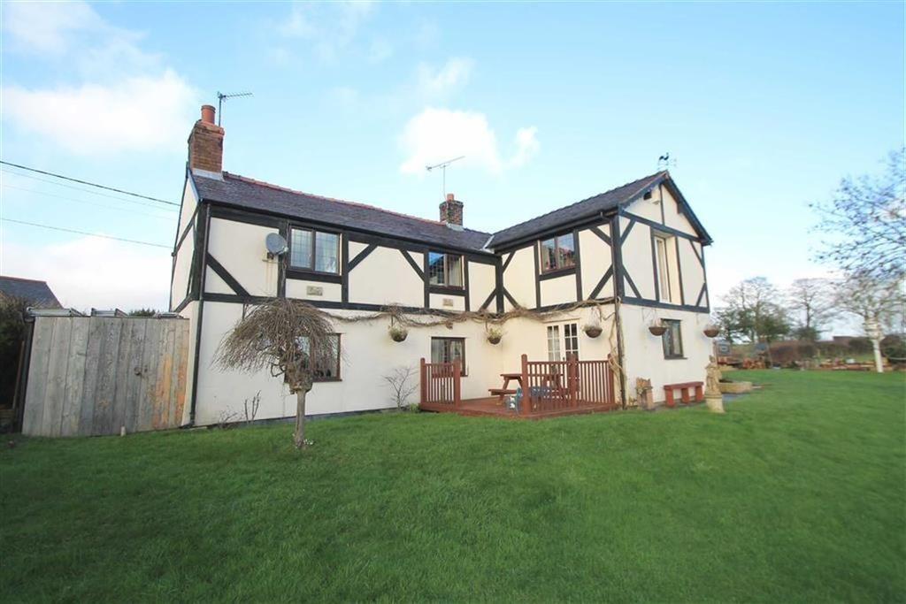 3 Bedrooms Detached House for sale in Drefechan, Penycae, Wrexham