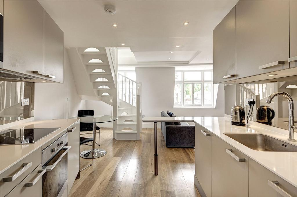 1 Bedroom Apartment Flat for sale in Rupert Street, Soho, W1D
