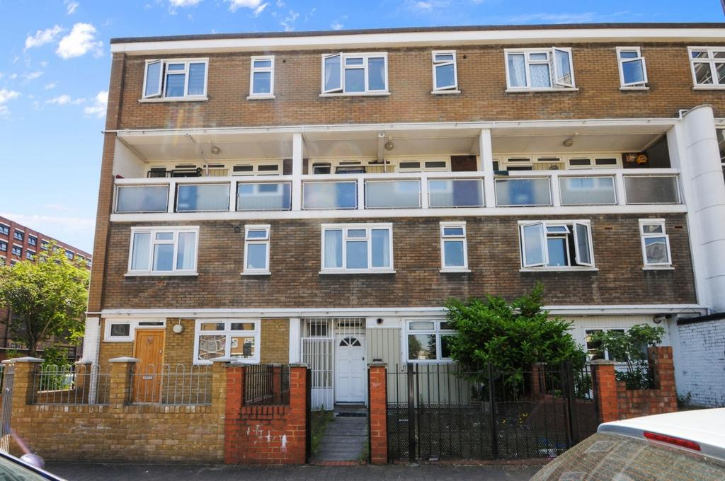 3 Bedrooms Maisonette Flat for sale in Ellsworth Street, Bethnal Green, E2
