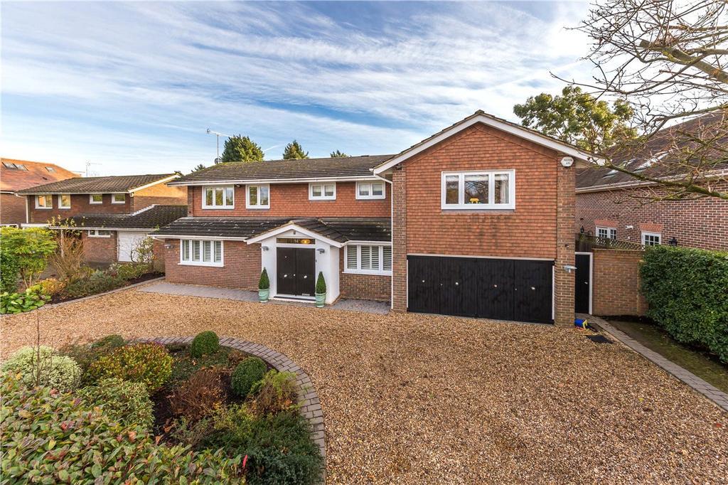 5 Bedrooms Detached House for sale in Penny Croft, Harpenden, Hertfordshire