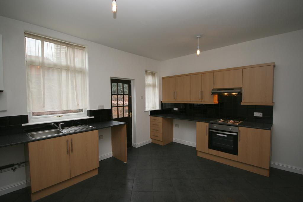 2 Bedrooms Terraced House for sale in William Street, Wellgate, Rotherham S60